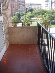 Terrassa piso alquiler cerca estacion ferrocarils y renfe