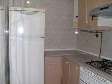 Apartamento un dormitorio, cocina amueblada