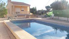 Chalet en alfaz 4 hab, 3 b�, piscina