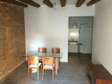 Luminoso piso en el Raval