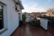 Precioso �tico con terraza de 30 metros
