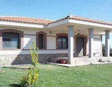 Toledo alquiler nuevo independiente con 1000 m2 de parcela.