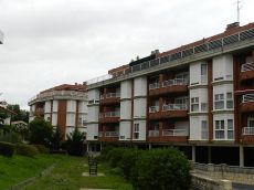 Piso de 2 habitaciones con garaje y piscina en Ostende