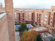 Urbanizacion 97 m2 de 3 dorm, 2 ba�os, trastero, 2 piscinas.