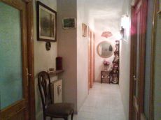 Apartamento de 1 dormitorio, amueblado; jacuzzi. Terraza