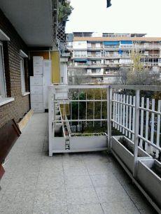 Piso de 4 habitaciones, 2 ba�os y calefacci�n central