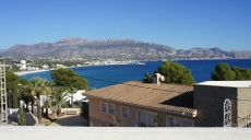 Villa en segunda linea del mar en Albir