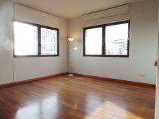 Piso en alquiler de 50 m2 sin amueblar. 1 habitaci�n.