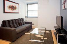 Apartamento reformado y completamente equipado