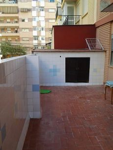 Ayora piso con 3 hab, y dos ba�os, terraza, amueblado