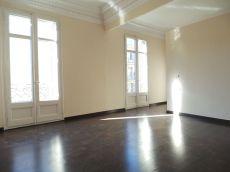 Piso en alquiler de 175 m2. 4 habitaciones.