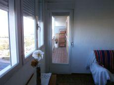 Piso de 3 habitaciones y 1 ba�o con calefacci�n central