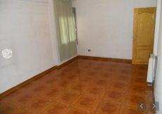 Piso 4 dormitorios centro de Pinto