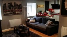 Se alquila piso reformado con terraza comunitaria