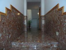 Bajo de 80 m2 en zona residencial de santa brigida