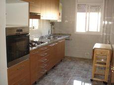 3a planta de 4 habitaciones en calle Padr�