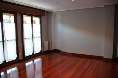 Piso 60 m2 impecable, luminoso y vistas despejadas, centro