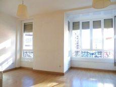 Centro piso sin muebles ideal aoficina