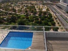 Piso amueblado de 1 dormitorio con garaje y piscina