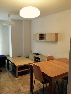 Amplia vivienda en el centro de obra nueva