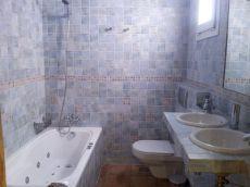 Amplio piso completamente reformado