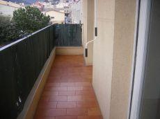Piso exterior con terraza