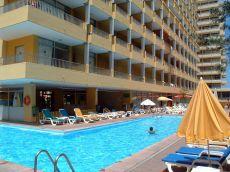 Estudio con terraza soleada vistas al mar y Teide, y piscina