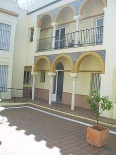 Alquiler piso garaje y piscina Centro