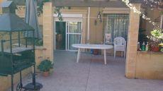 Amplio adosado seminuevo, patio 100 m2, buhardilla, piscina