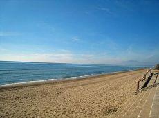 Piso junto a la playa a muy buen precio