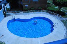 Muy elegante, vista piscina y mar