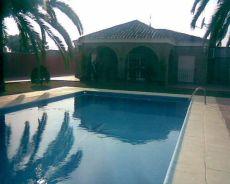 Casa chalet con piscina
