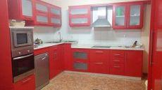 Coqueto piso con 3 dormitorios, 2 ba�os y garaje