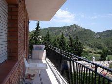 Encantadora casita con preciosas vistas a las monta�as