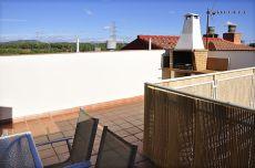 Duplex 3 habitaciones 2 ba�os con muebles terraza 20 m2