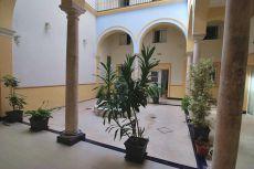 Estupendo duplex de 2 dormitorios y 2 ba�os junto Alameda