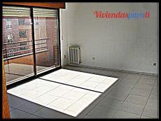 Apartamento vac�o, terraza,cocina independiente, electrodom�