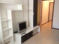 Amplio piso de 3 habitaciones, en el centro de Vilanova