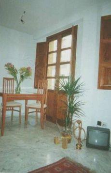 Hermoso piso amueblado junto a san anton