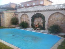 Chalet pareado piscina