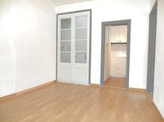 Piso en alquiler de 50 m2 sin amueblar. 2 habitaciones