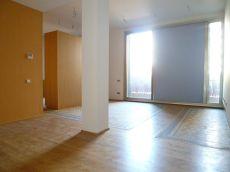 Piso en alquiler de 61 m2 sin amueblar. 1 habitaci�n.