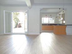 Piso en alquiler de 105 m2 sin amueblar. 2 habitaciones