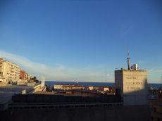 Piso amueblado de 4 habitaciones con vistas al mar