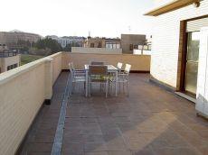 Precioso atico estudio todo exterior. Gran terraza y piscina
