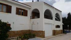 Chalet 3 dormitorios con piscina alfaz