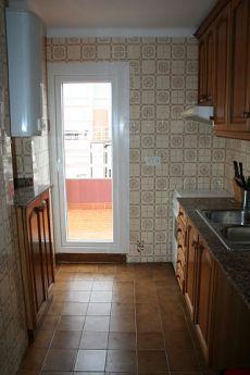 Soleado y luminoso piso �tico reformado de 67 m2 con terraza