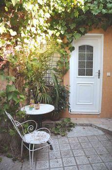 Apartamento en el entorno verde y monumental de montjuic