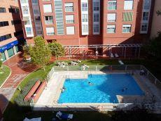 Precioso apartamento con piscina, trastero y plaza de garaje