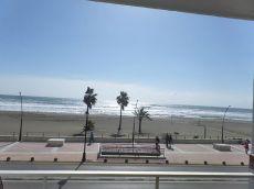 Vivienda situada en 1a Linea playa con maravillosas vistas